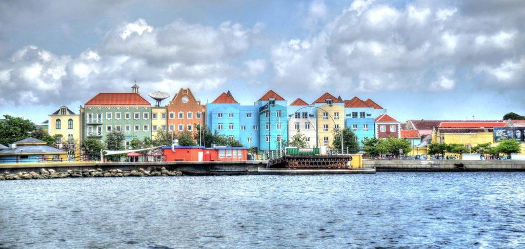 Vliegtijd naar Curaçao