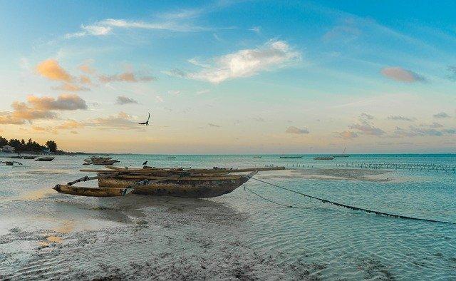 Wat is de vliegtijd naar Zanzibar?